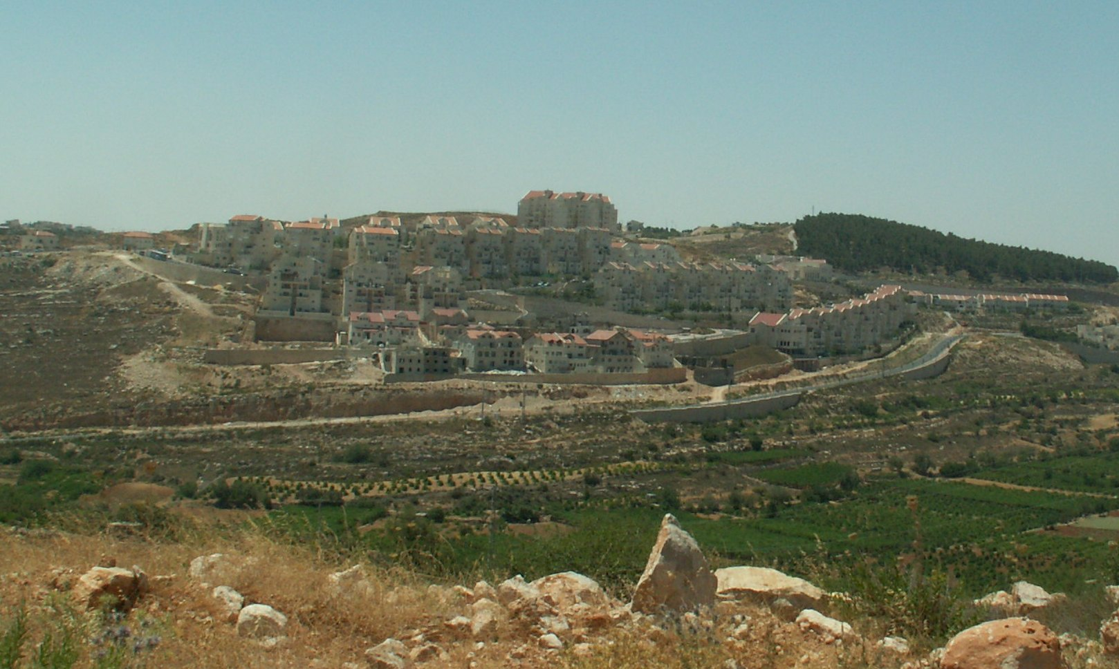 The Givat HaZayit neighborhood in Efrat - started as an outpost of few trailer homes